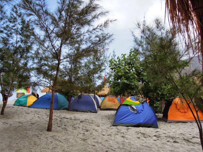 anawangin cove campsite